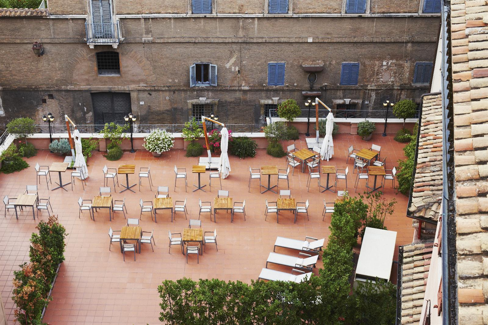 I Sofà Bar Restaurant Roof Terrace